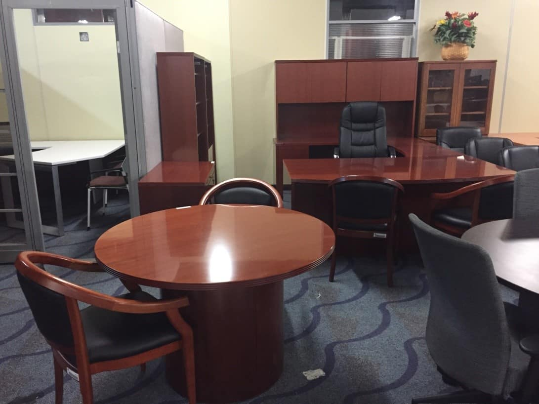 Cherry Wood Veneer Executive Suite With Personal Conference Table 2