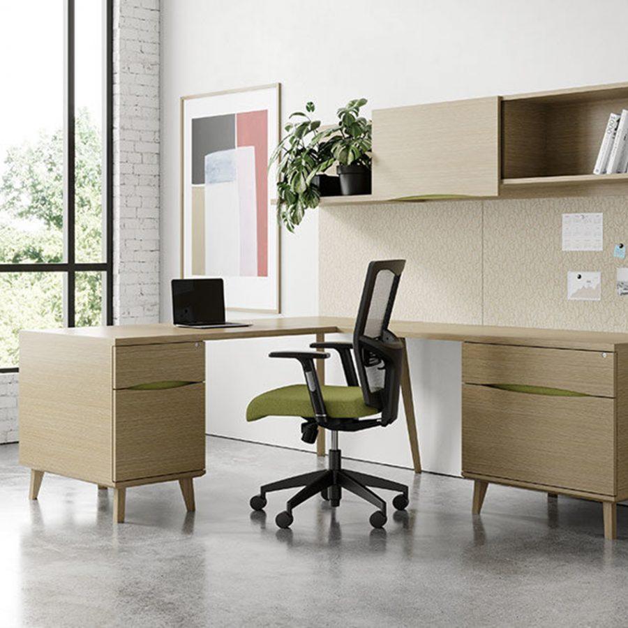 Executive Desks and Office Chairs in Boynton Beach, FL
